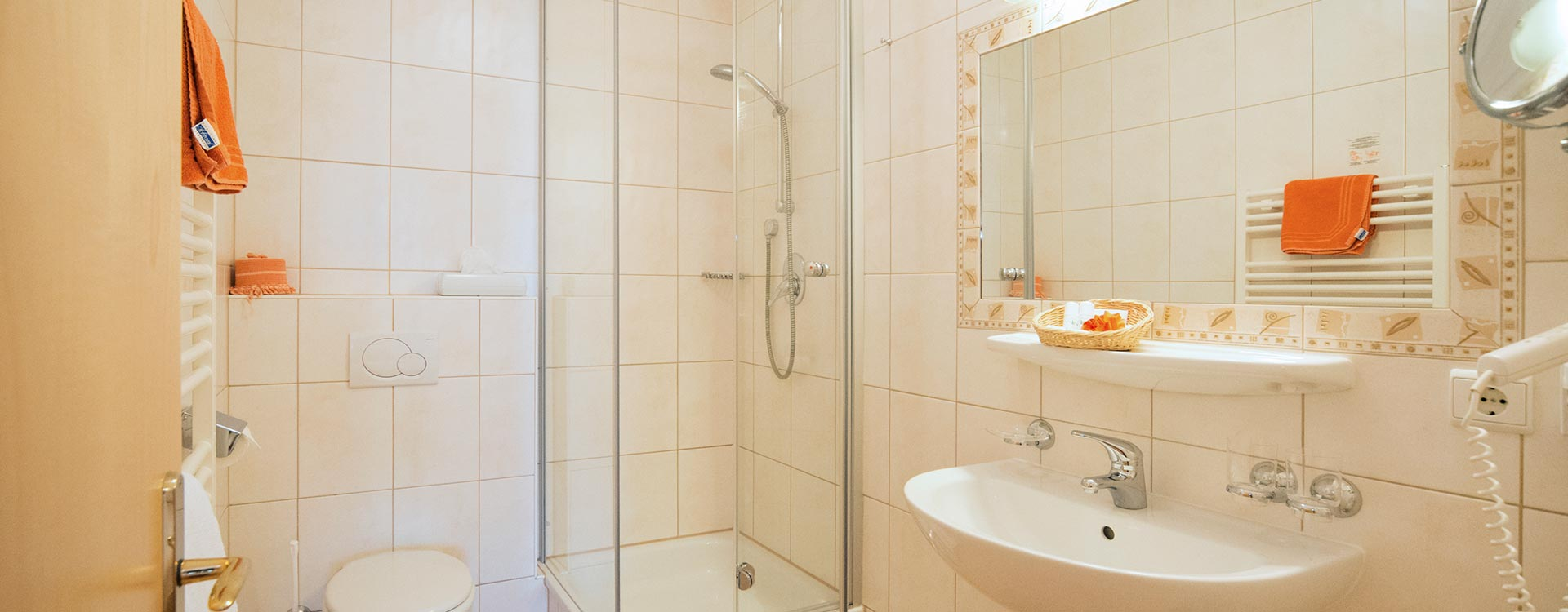 Bathroom Double Room Granat